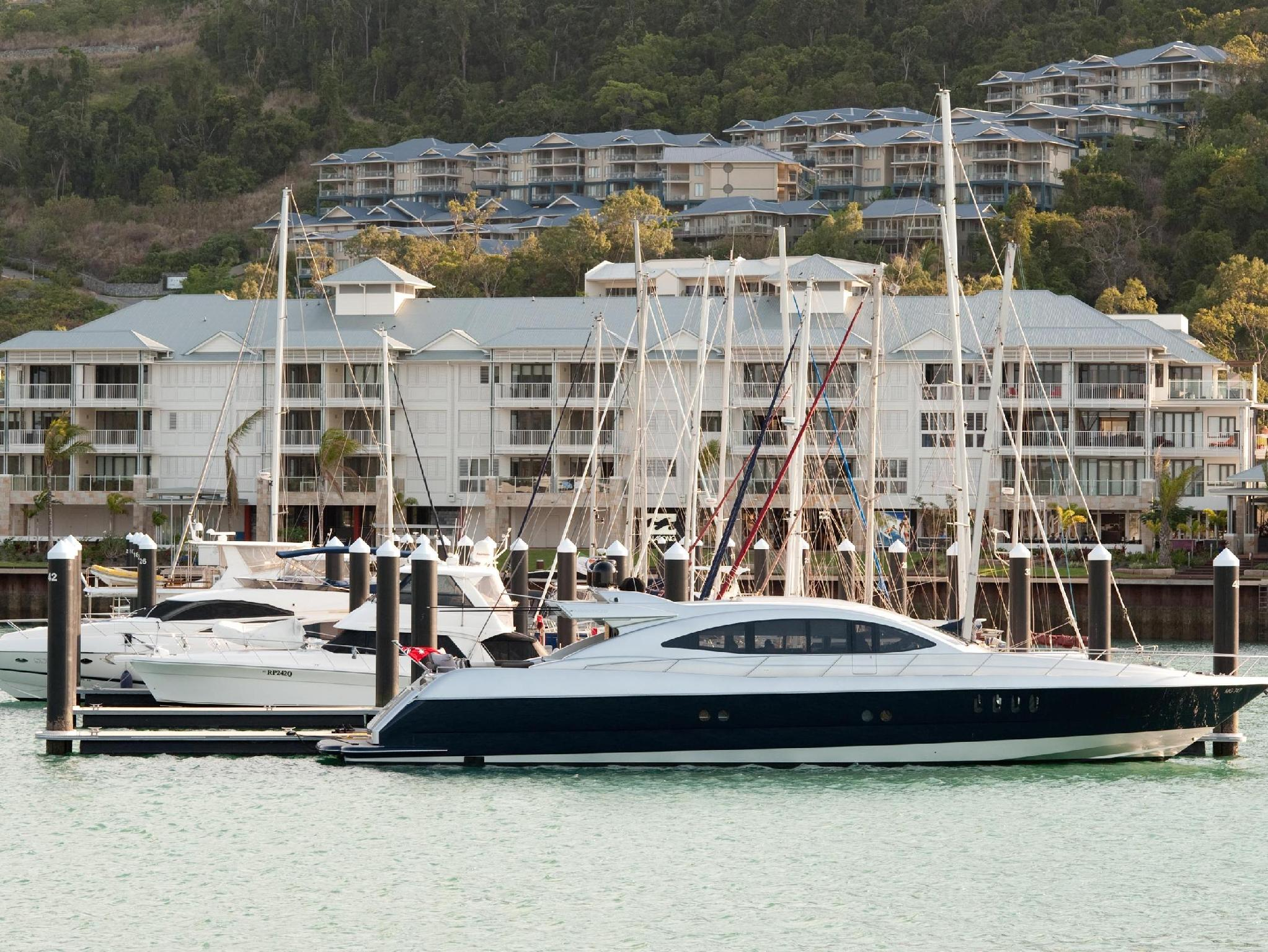 Boathouse Apartments by Outrigger - Hotell och Boende i Australien , Whitsundays