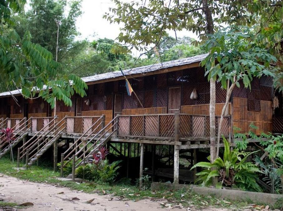 Gua Longhouse Chalet - Hotels and Accommodation in Malaysia, Asia