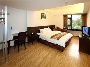 Huang Shin Business Hotel - Room type photo