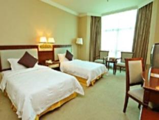 Golden Paradise Hotel - Room type photo