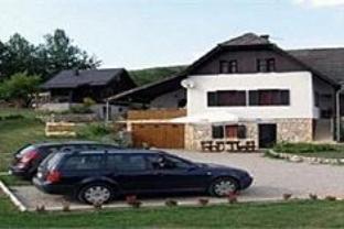 Apartments Poljanak