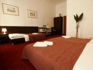 Pension Corto Old Town Prague - Guest Room