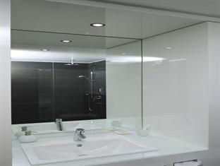 โรงแรมกริม เบอร์ลิน - ห้องน้ำ