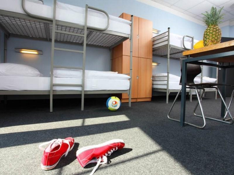 Industriepalast Hostel Berlin - Hotell och Boende i Tyskland i Europa