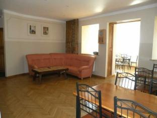 Sadama Villa Guesthouse פרנו - בית המלון מבפנים