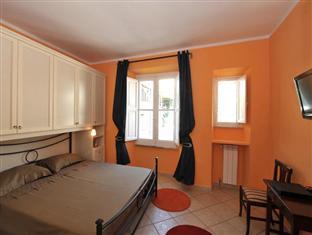 Room 4 Rome Guest House Risorgimento