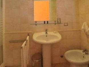Room 4 Rome Guest House Risorgimento Rome - Badkamer