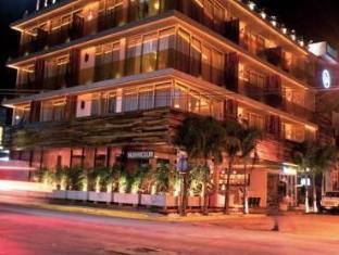 Be Playa Hotel