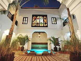 Riad Asna Marrakech - Patio'a riad at night