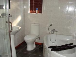 Two Bells Guest House Bloemfontein - Baño