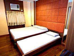 Kabayan Hotel Monumento - More photos