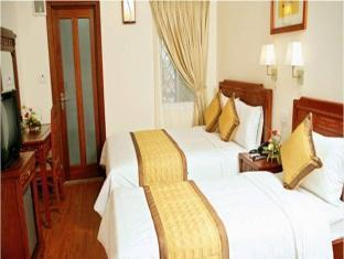 Prince Hotel - Bat Su - Room type photo