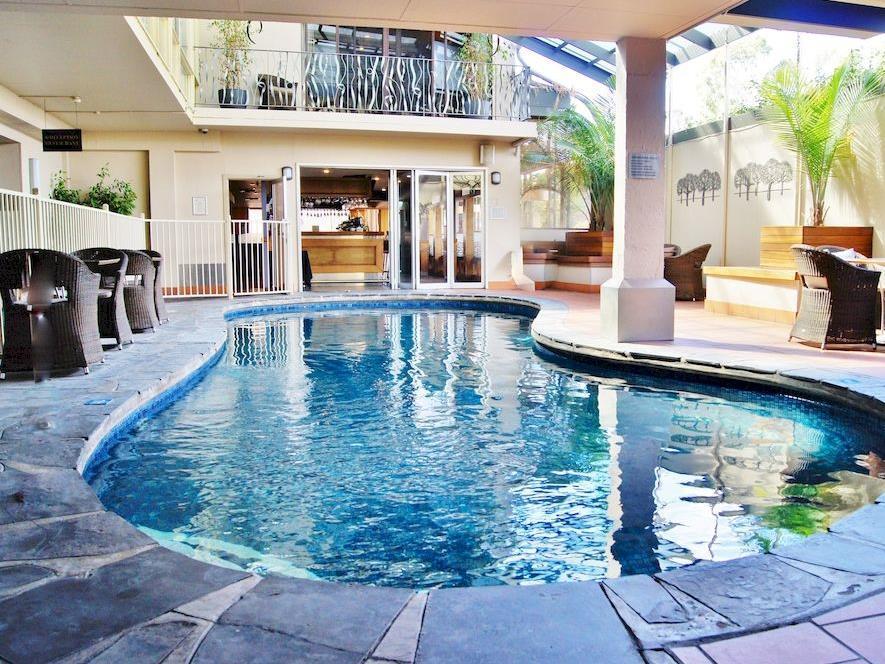 Quality Hotel Tiffins on the Park - Hotell och Boende i Australien , Adelaide