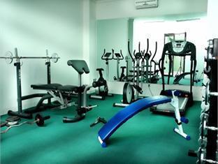 Vue Palace Hotel Bandung - Fitness Room