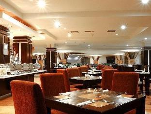 Vue Palace Hotel Bandung - Rice Queen Restaurant