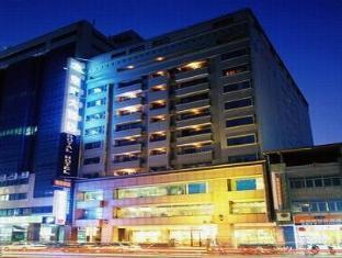 Royal Hotel - More photos