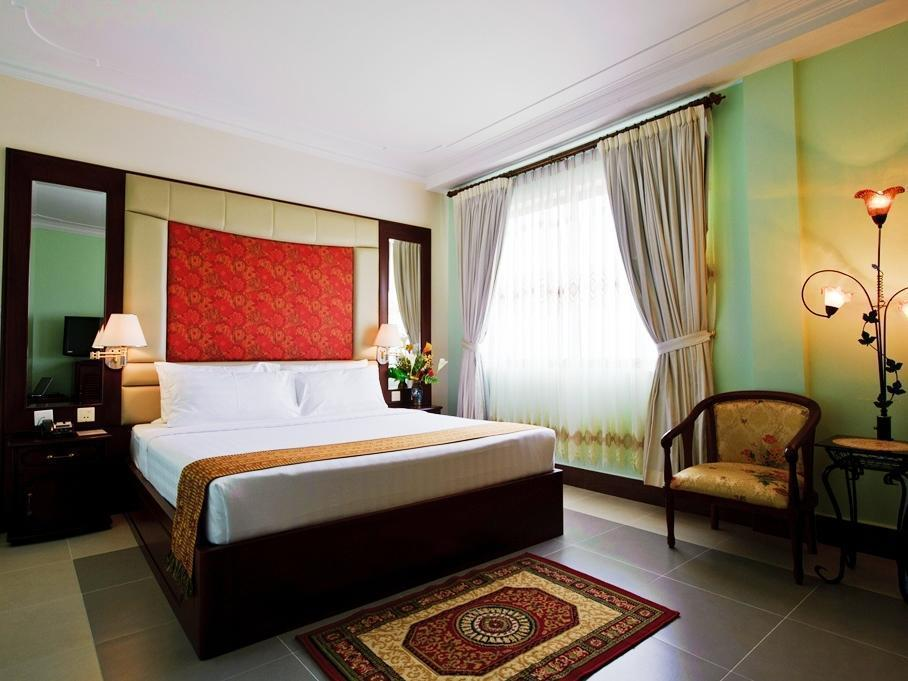 Hotel Luxury World Phnom Penh
