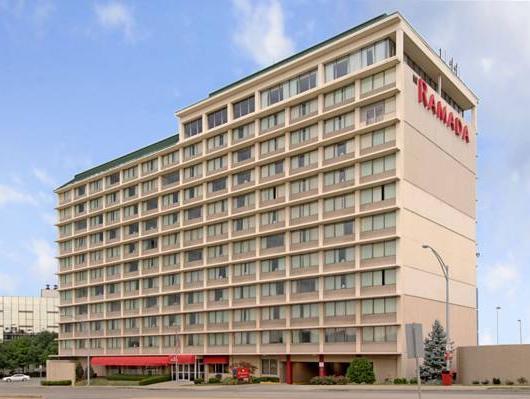 Ramada Cincinnati Downtown Union Terminal Hotel