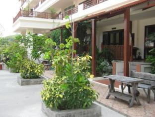 ฟลอรา เฮ้าส์ (Flora House) : ที่พักใกล้สวนสัตว์เชียงใหม่