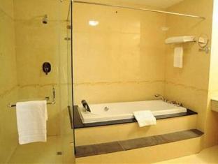 Muong Thanh Hanoi Hotel Hanoi - Bathroom