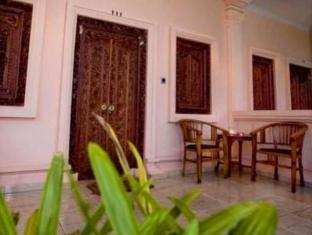 Bali Nibbana Resort Bali - Balcony/Terrace