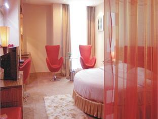 Lucky Inn - Room type photo