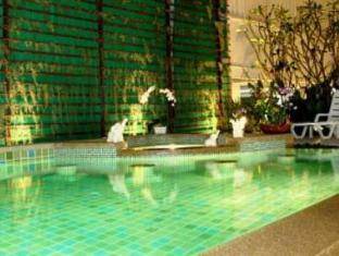 The BluEco Hotel Phuket - Swimmingpool