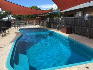 Bluewater Harbour Motel Whitsunday Islands - Swimmingpool
