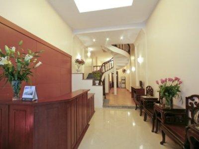 Hotell New Century Hotel