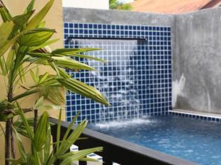 太郎酒店 普吉岛 - 游泳池