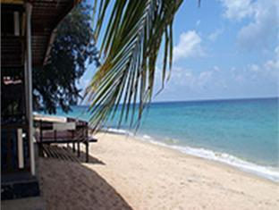 Babura Seaview Resort Tioman Island - Beach