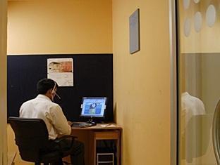 Ginger Hotel East Delhi – Vivek Vihar New Delhi - Business Center