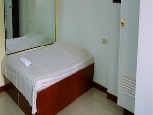 We R Inn Hotel - Room type photo