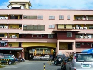We R Inn Hotel - More photos