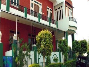 Blue Skies Hotel - Hotell och Boende i Indien i Jaipur