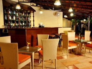 Best Western Devasthali - The Valley Of Gods Goa del Sur - Bar/ Salón