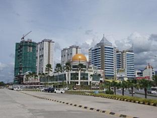 KK Stay Service Apartment @ 1 Borneo - More photos