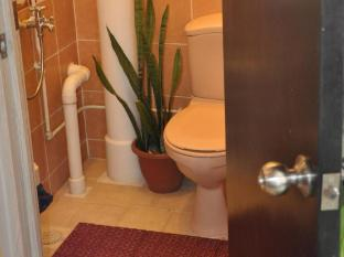 Fernloft City Hostel - Chinatown Singapore - Shared Bathroom