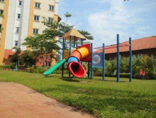 Suria Apartment Bukit Merah Taiping - Playground