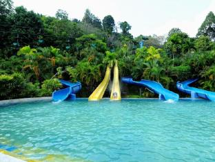 Suria Apartment Bukit Merah Taiping - Water Park
