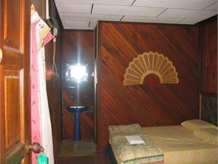 Sri Paya Tioman Chalet - Room type photo