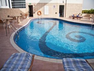 라미 로즈 호텔 두바이 - 수영장