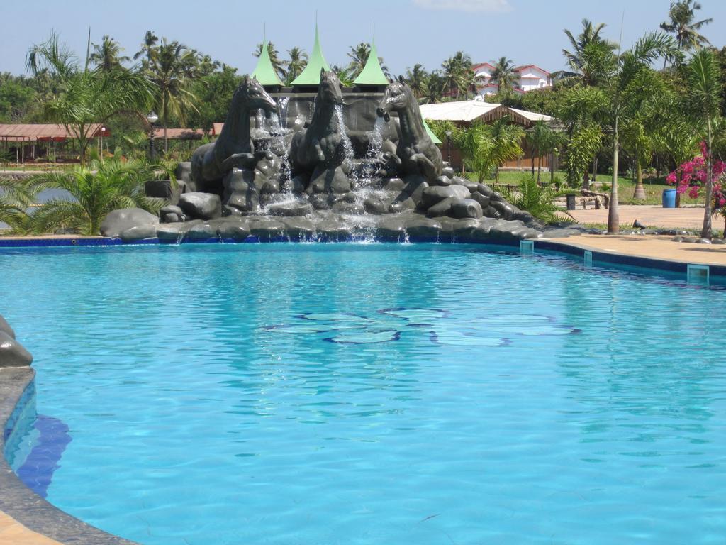 Resort Primo Bom Terra Verde - Hotell och Boende i Indien i Goa