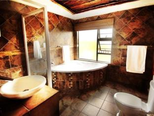 Moafrika Lodge Johannesburg - Bathroom