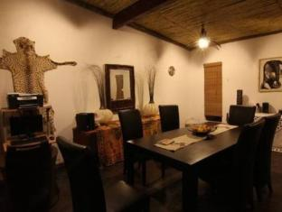Moafrika Lodge Johannesburg - Suite Room