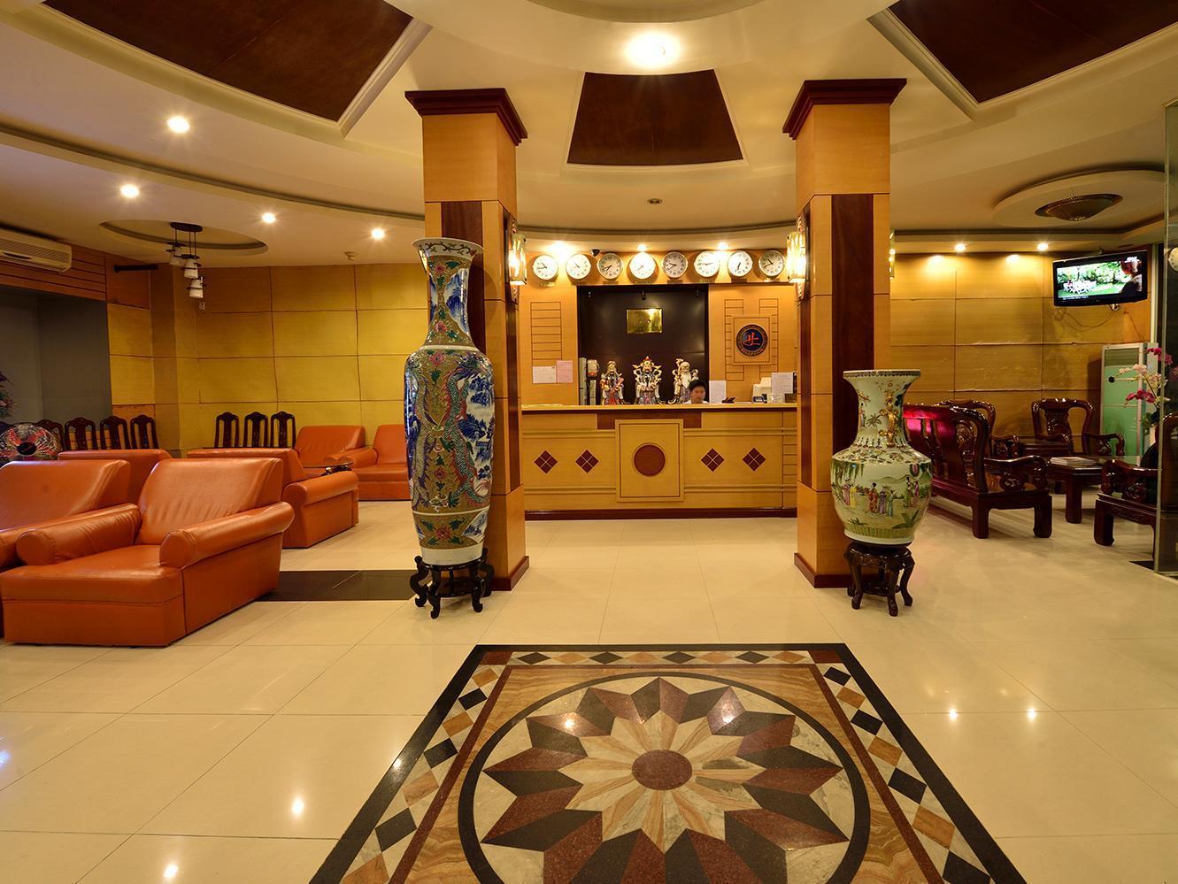 Hotell Hoa Long Hotel