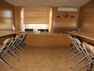 Traveller Hostel & Hotel Moscow - Shared Kitchen