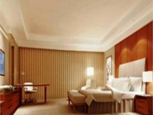 Renaissance Tianjin Lakeview Hotel - Room type photo