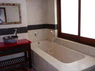 Full Moon Village Resort Phan Thiet - Bathroom