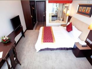 The Hanoi Club Hotel & Lake Palais Residences - Room type photo